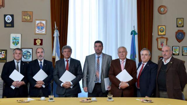 Horacio González se reunió con rectores de universidades para planificar trabajos conjuntos