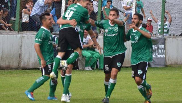 Ituzaingó le ganó de local a Deportivo Paraguayo