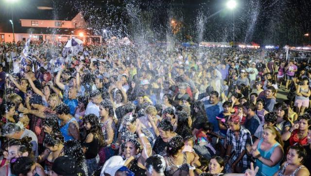Más de 20 mil vecinos festejaron el carnaval en La Torcaza