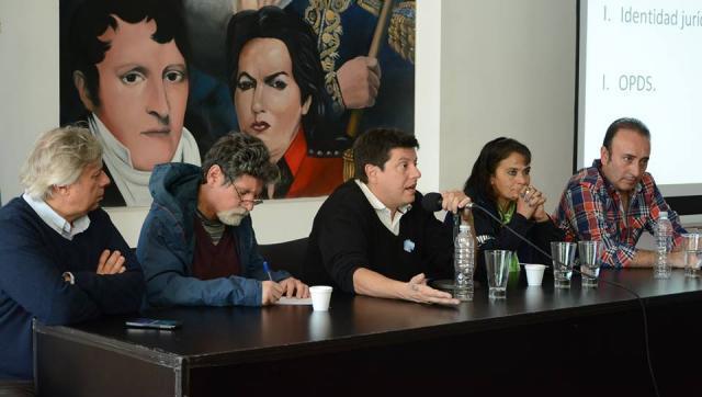 """Jornada de debate: """"Recuperación y Reciclado de Residuos en Contextos Urbanos"""