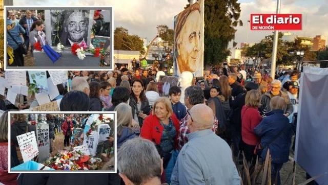 #Florazo en Morón donde estaba el busto de Néstor Kirchner que quitó Tagliaferro