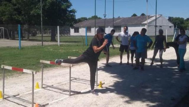 """""""Atletismo para el desarrollo motor en la escuela"""""""