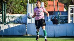 Tomás Figueroa titular en el Verde, arquero de equipo campeón