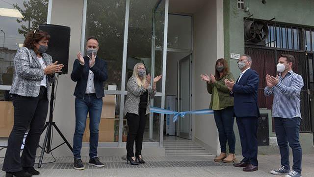 Se inauguró la puesta en valor del edificio de la Dinai